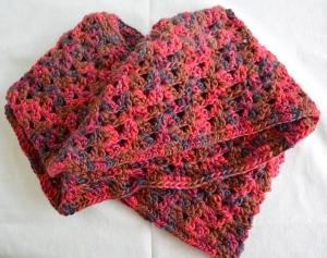 Shell stitch infinity scarf